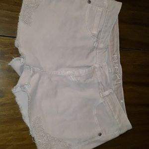 Cut off short with lace detail